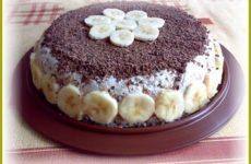 Банановый торт без выпечки.