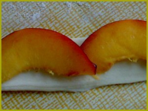 Закуска из слоеного теста «Розочки»