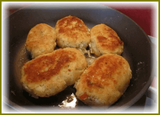 zrazy-kartofelnye-s-farshem-na-skovorode10