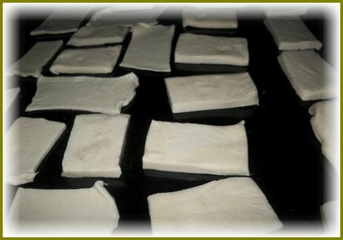 figurki iz testa dlia by`strogo torta Napoleon