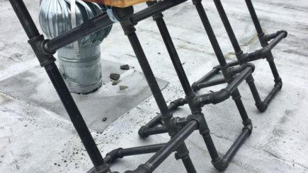 Раскладной табурет из обрезков водопроводных труб