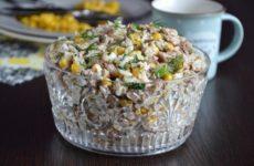 Как приготовить салат из тунца с рисом в домашних условиях